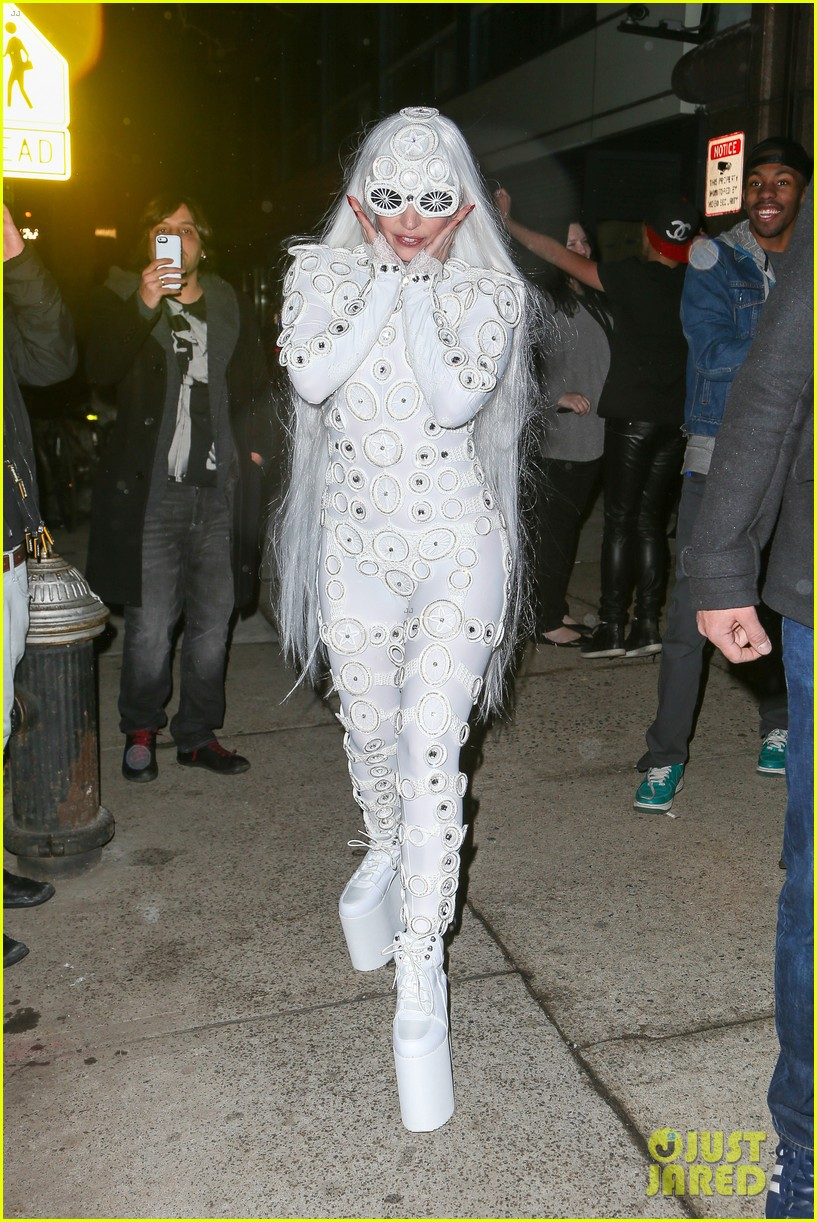 lady gaga is a bride see her throwing a bouquet of flowers 183057638