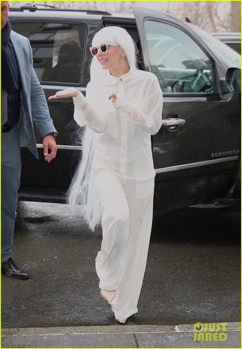 lady gaga so excited to perform on tonight show this evening 133055727
