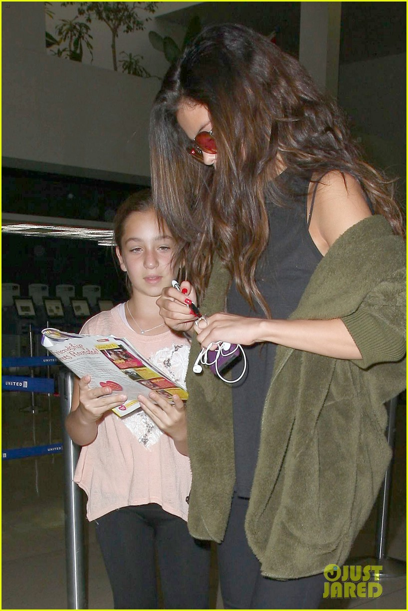 selena gomez is back in los angeles after quick trip away 06