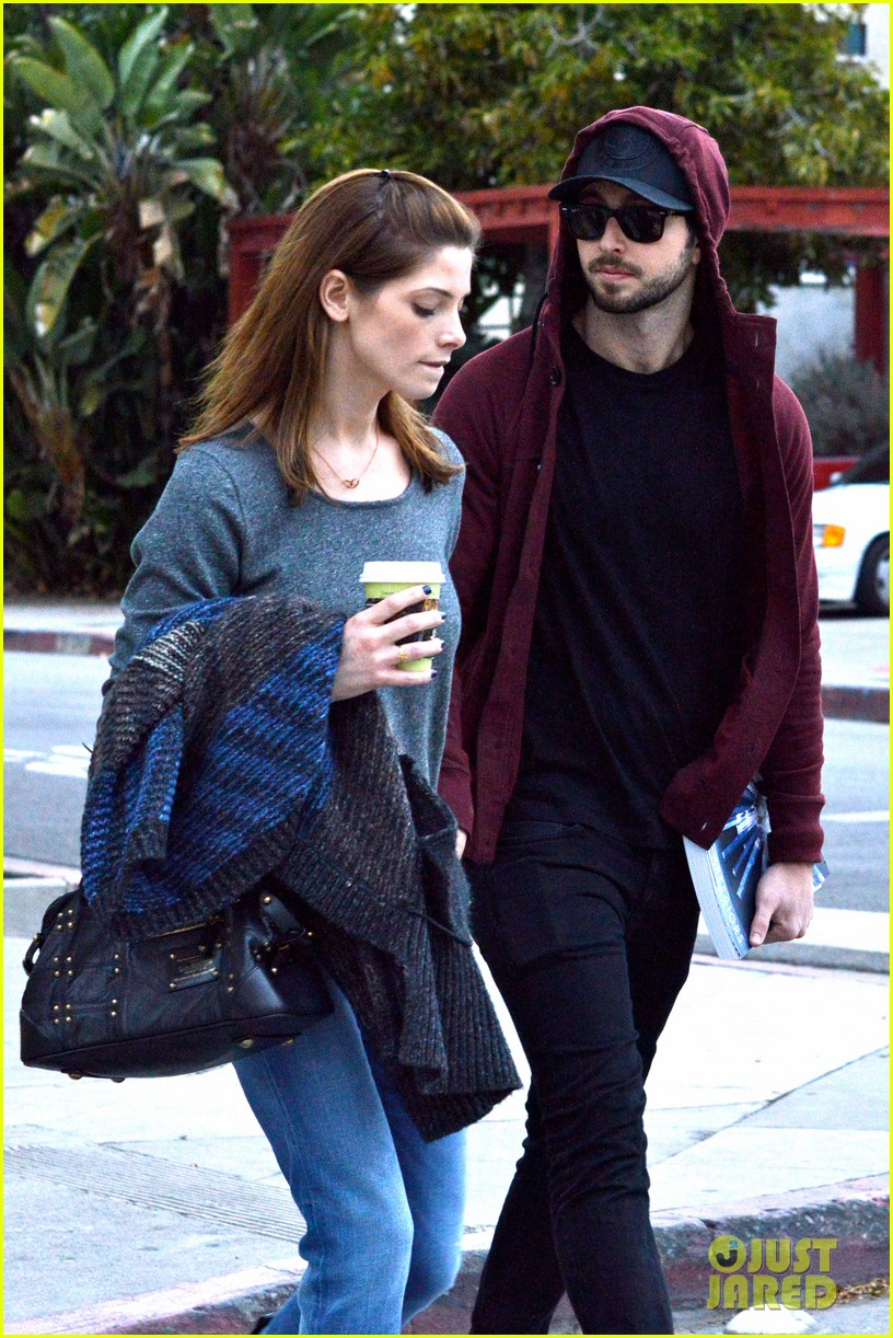 ashley greene paul khoury look in love while shopping 053049129