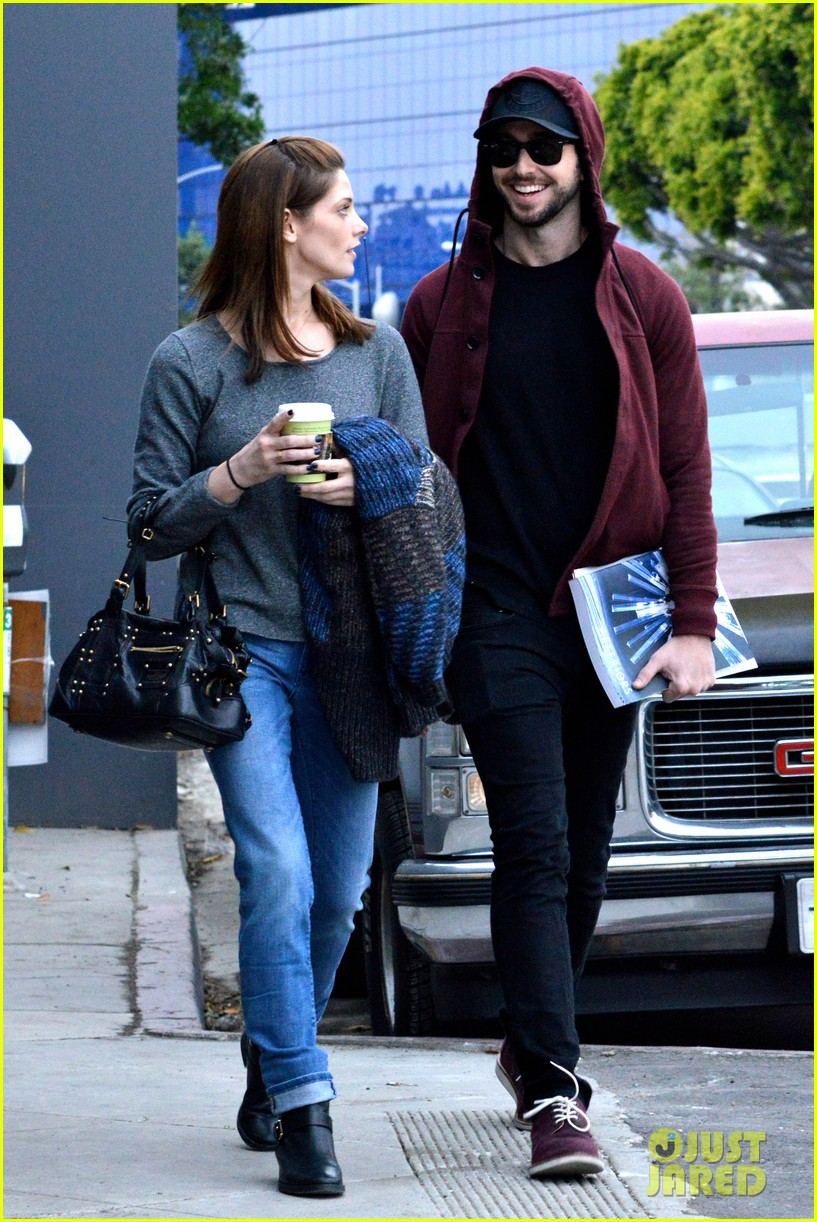 ashley greene paul khoury look in love while shopping 123049136