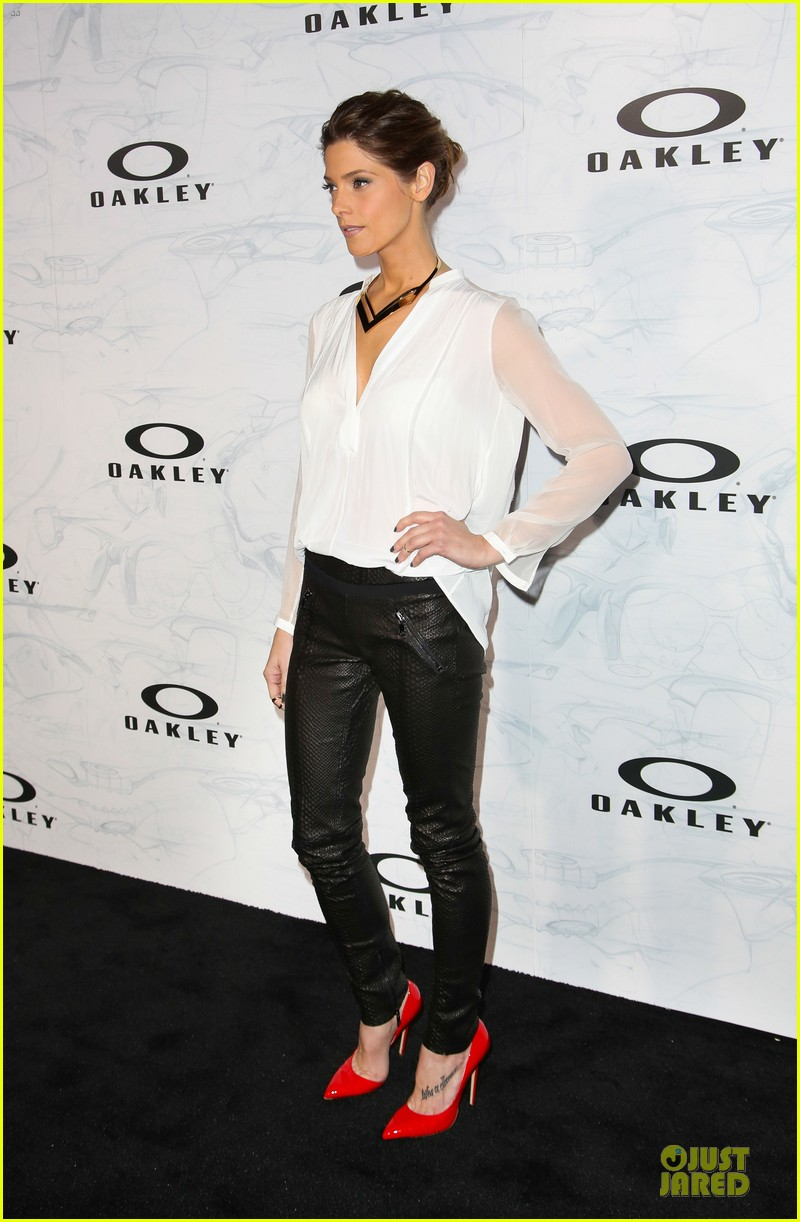 ashley greene kelly osbourne oakley disruptive by design campaign launch 103060158