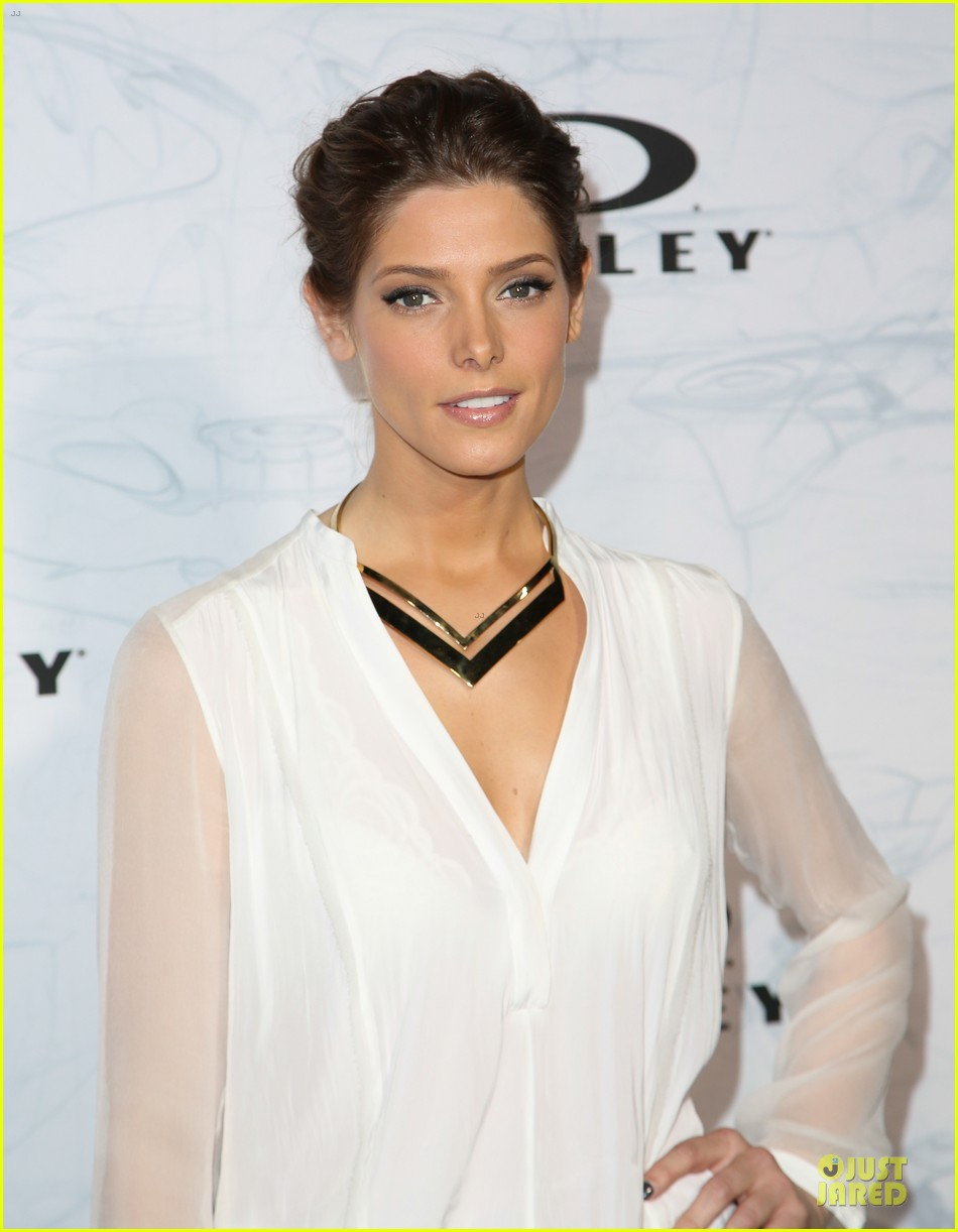 ashley greene kelly osbourne oakley disruptive by design campaign launch 11