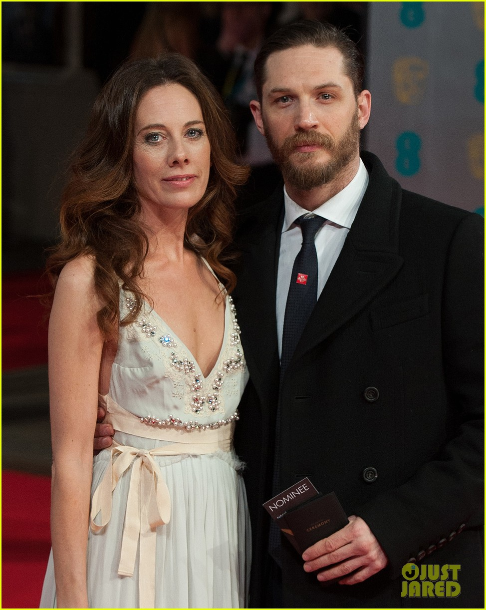 tom hardy baftas 2014 red carpet 02