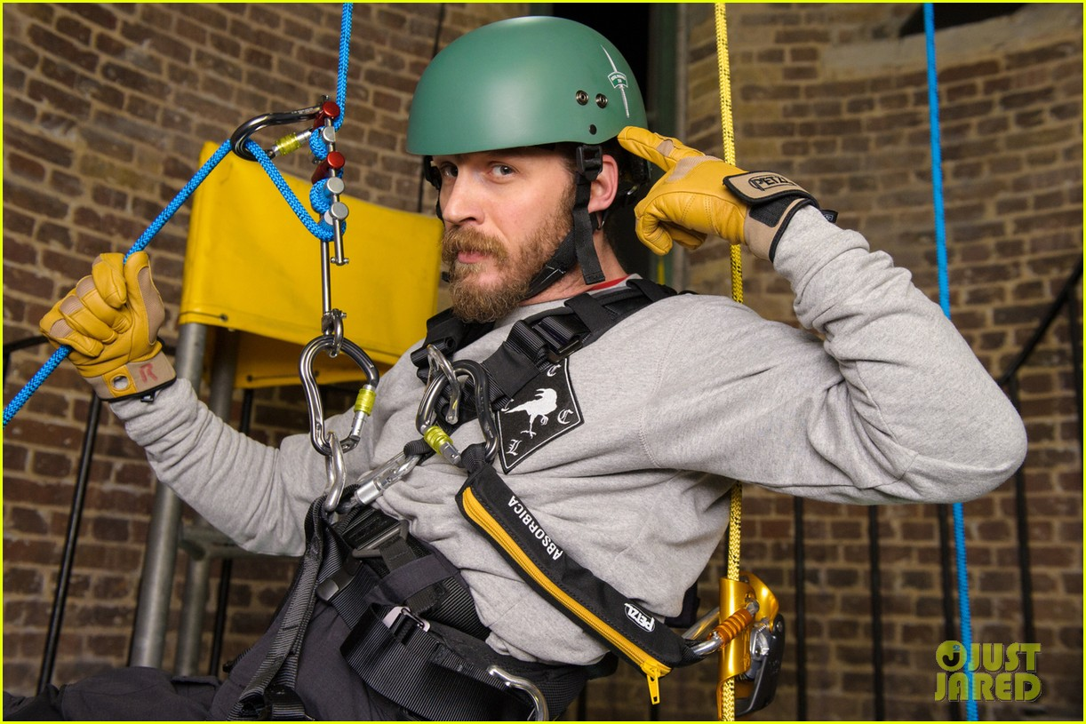 tom hardy ends up in rope training course while supporting royal marines 033060956