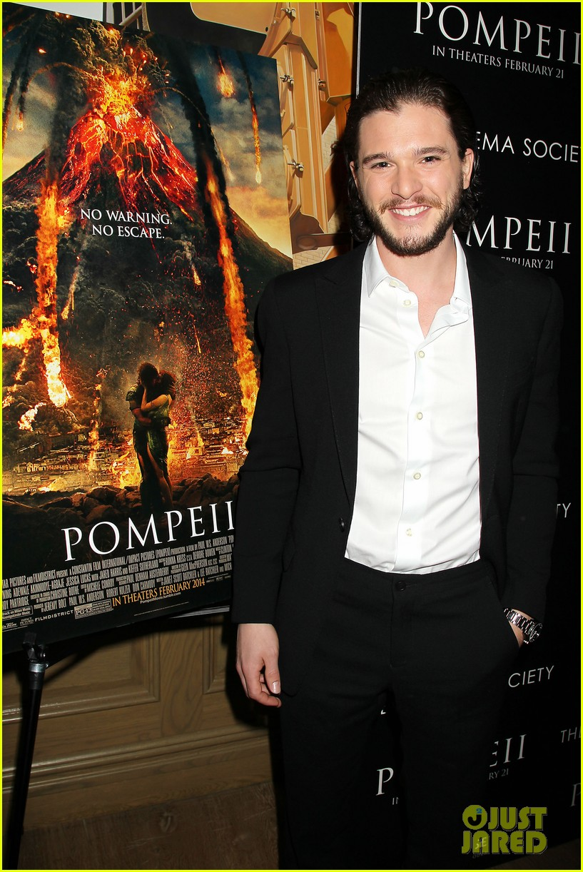 kit harington spoils game of thrones for richard madden 043052430