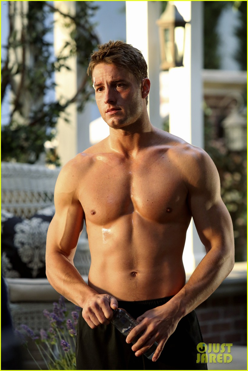 justin hartley goes shirtless sexy in new revenge stills 013061323