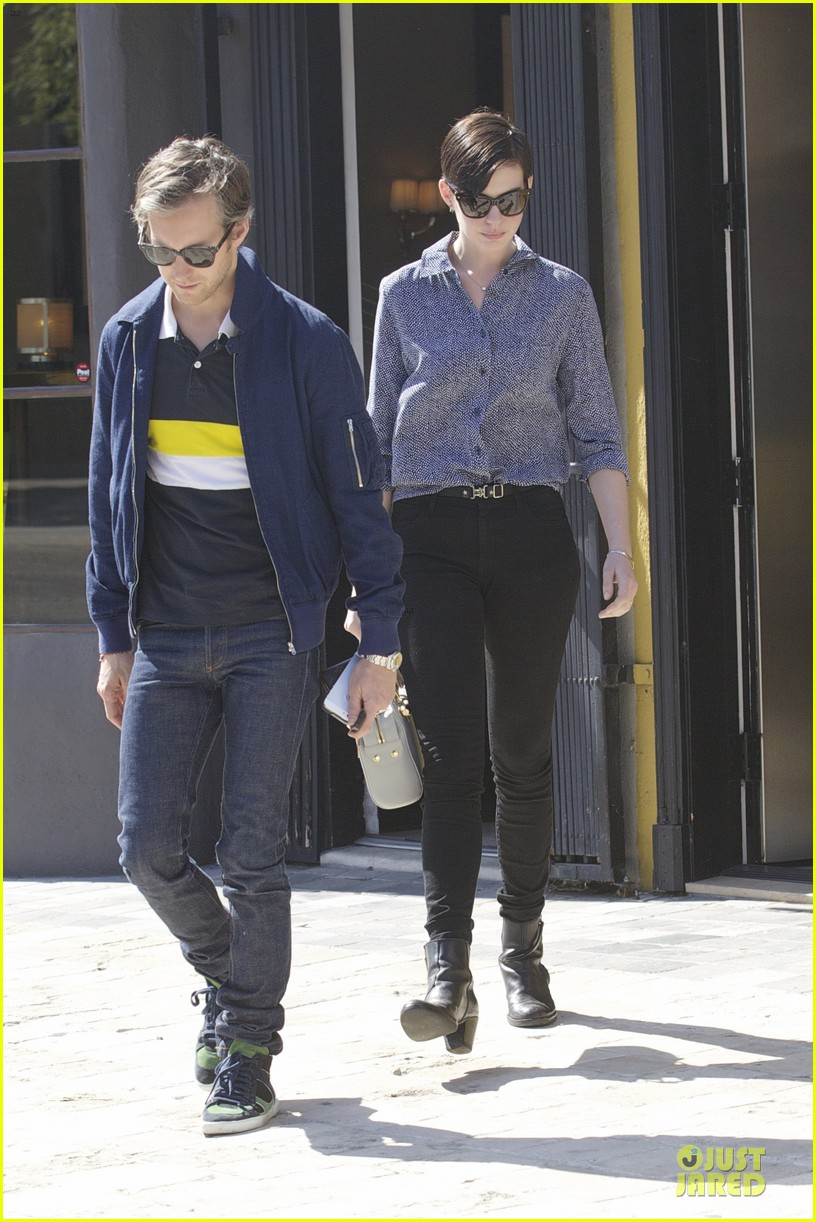anne hathaway adam shulman west hollywood shopping duo 013058278