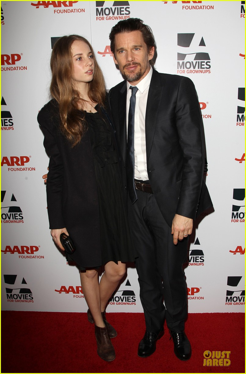 ethan hawke will forte suits aarp movies for grownups awards 013051143