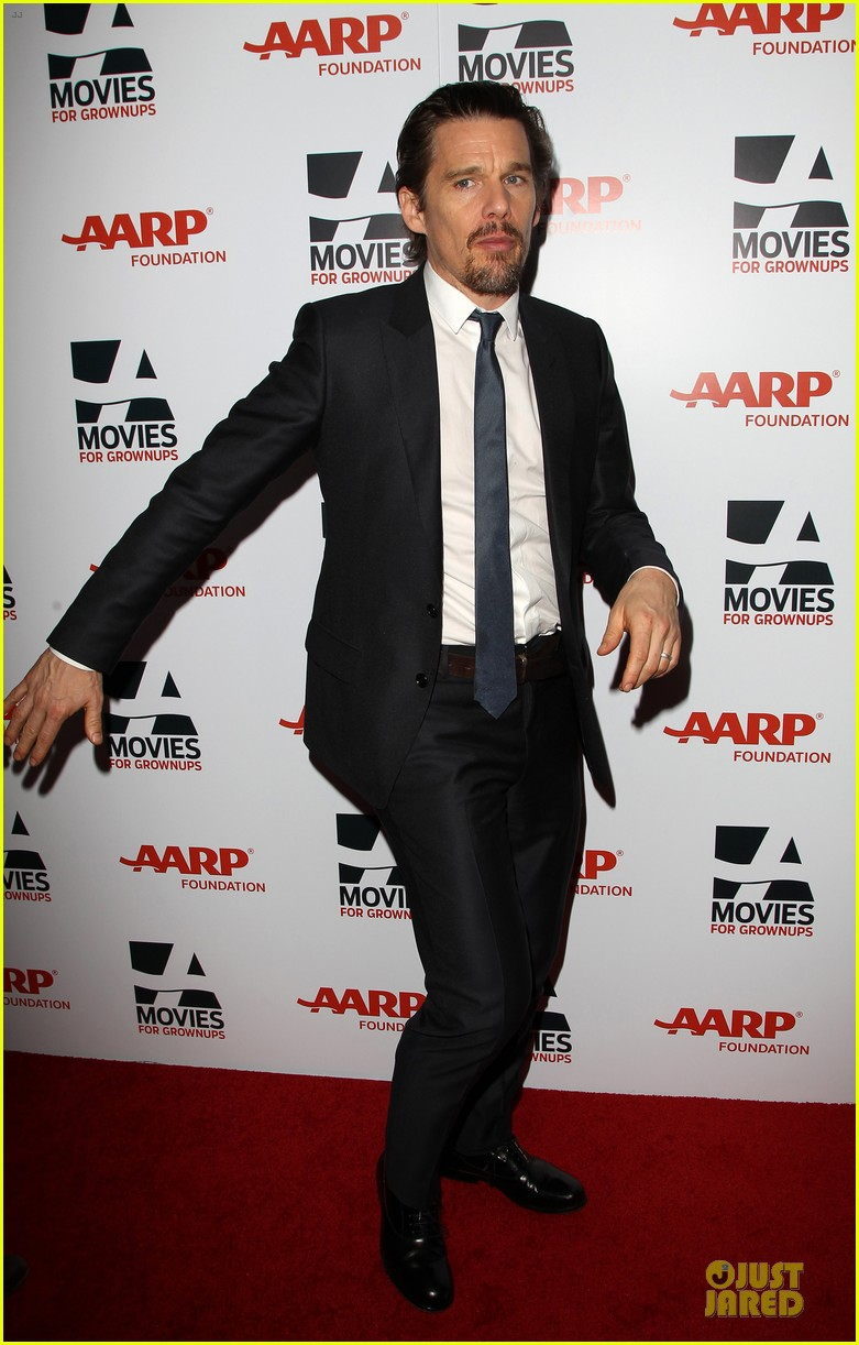 ethan hawke will forte suits aarp movies for grownups awards 093051151