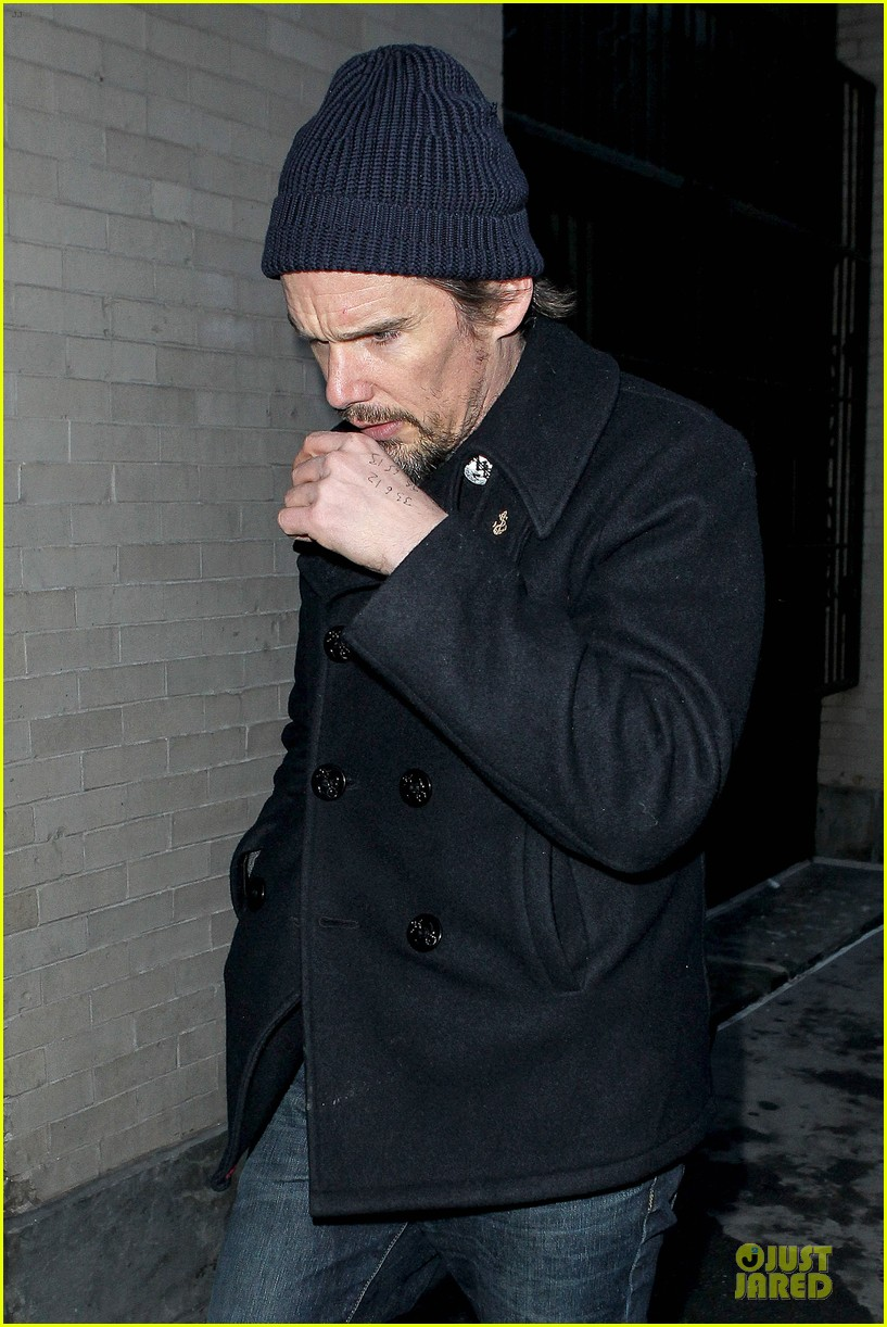 ethan hawke visits mimi odonnell following philip seymour hoffman death 023047560