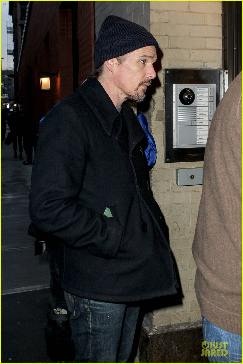 ethan hawke visits mimi odonnell following philip seymour hoffman death 053047563