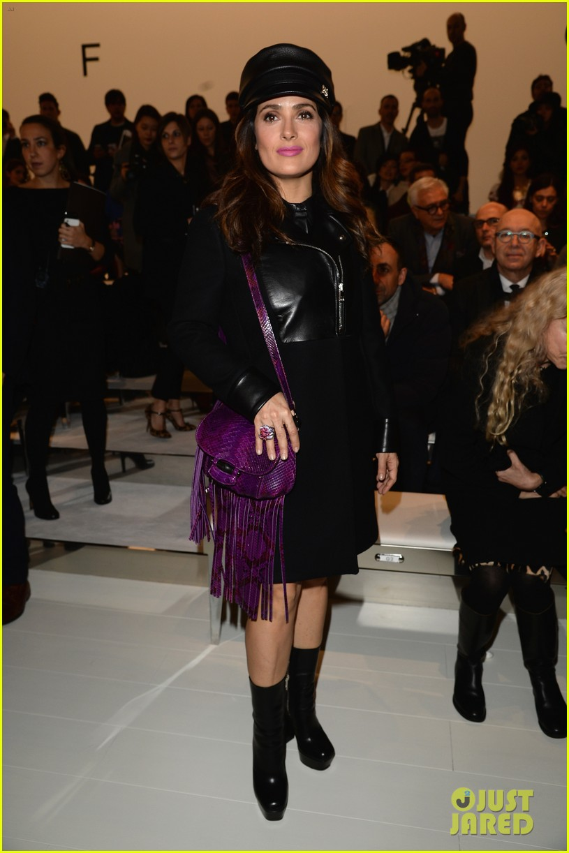 salma hayek gucci fashion show with francois henri pinault 01