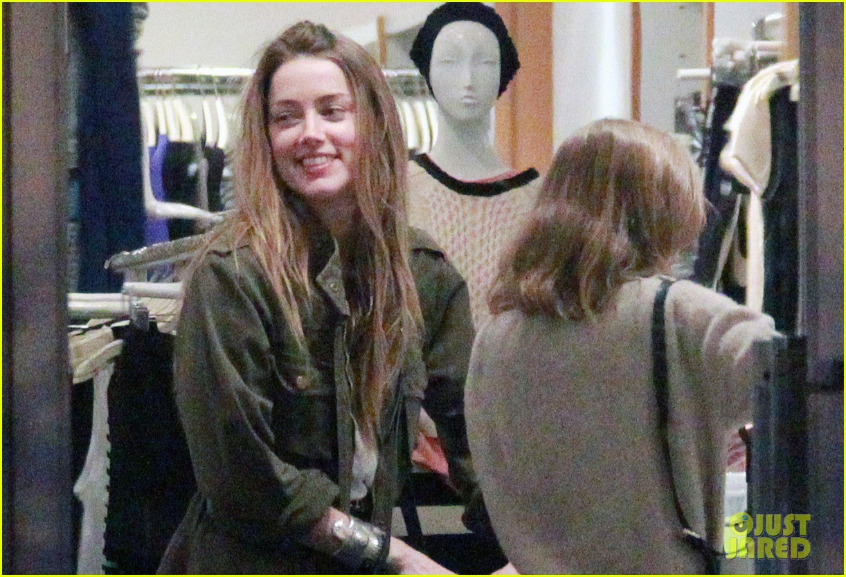 amber heard future step daughter lily rose depp laugh bond while shopping 02