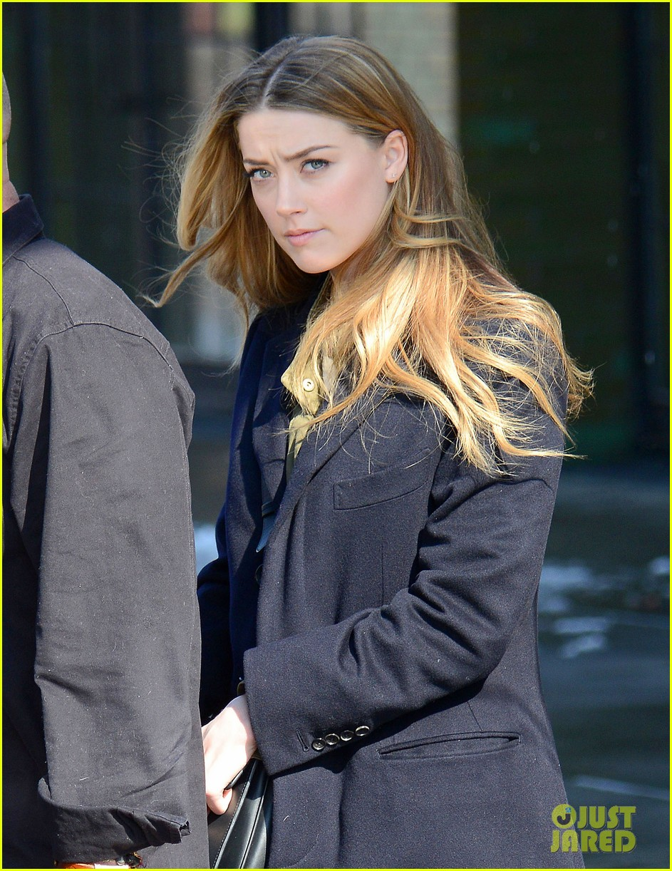 amber heard steps out sans johnny depp on valentines day 043054103