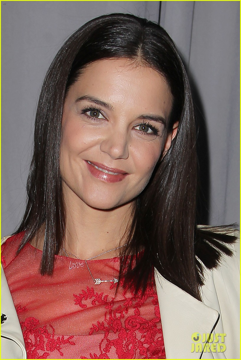 katie holmes lady in red at marchesa fashion show 133052544