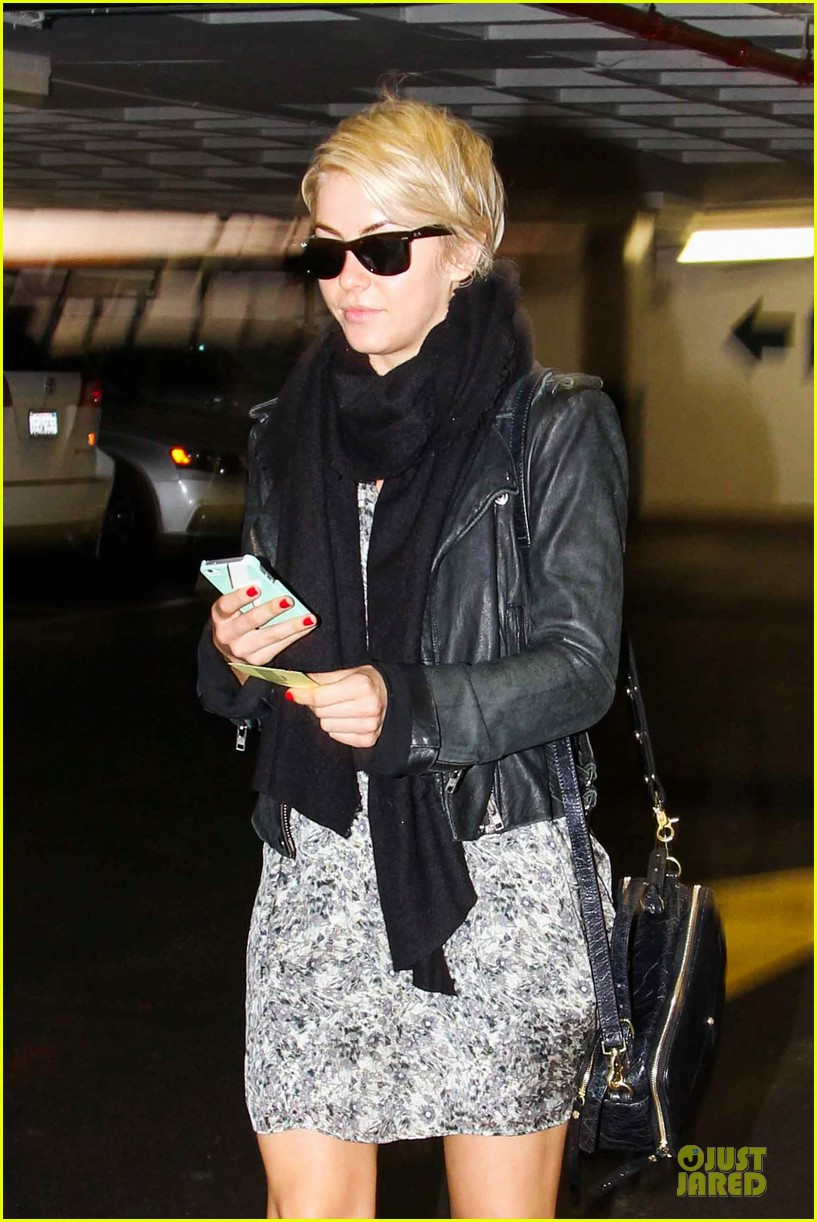 julianne hough debuts new pixie haircut 223049975