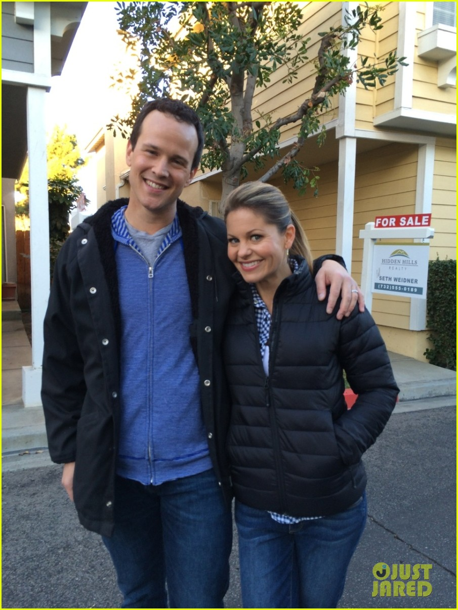 candace cameron scott weinger bring full house to neighbors photos 023052165
