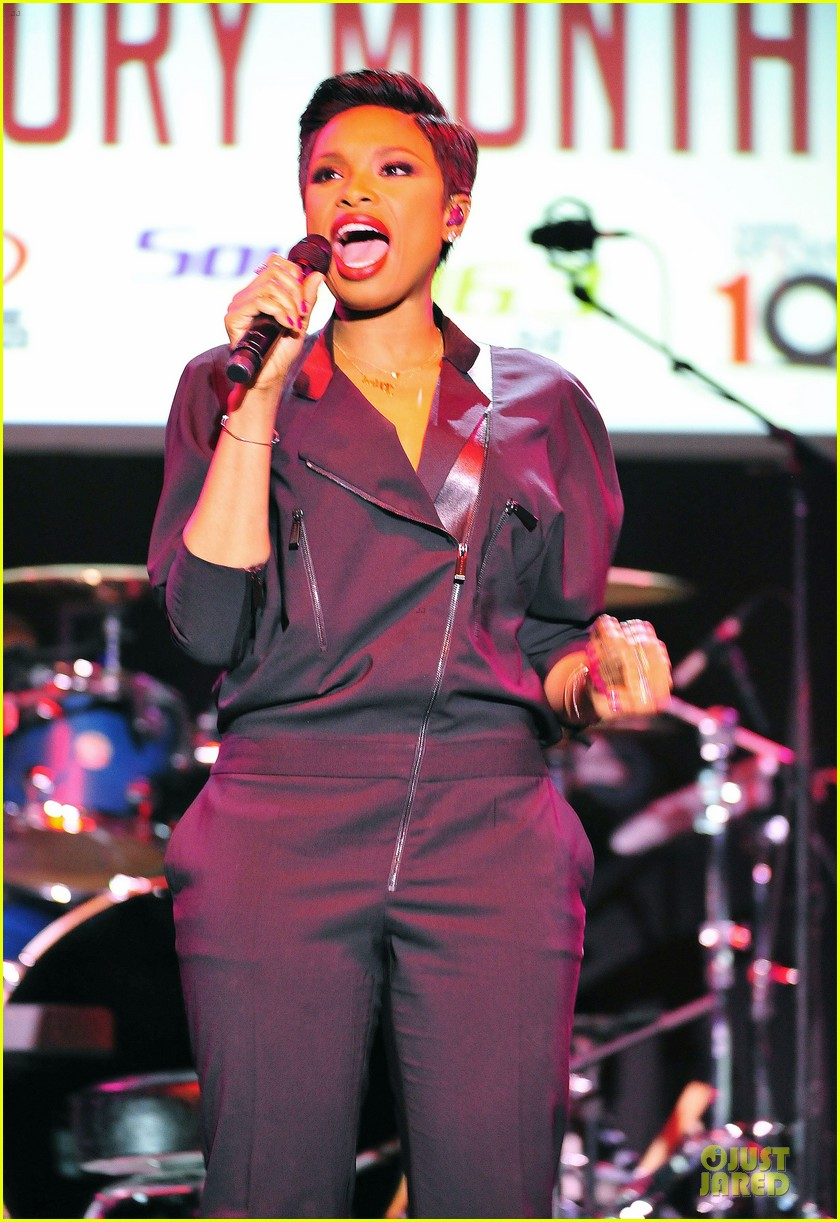 jennifer hudson gives the key for losing weight 053058495