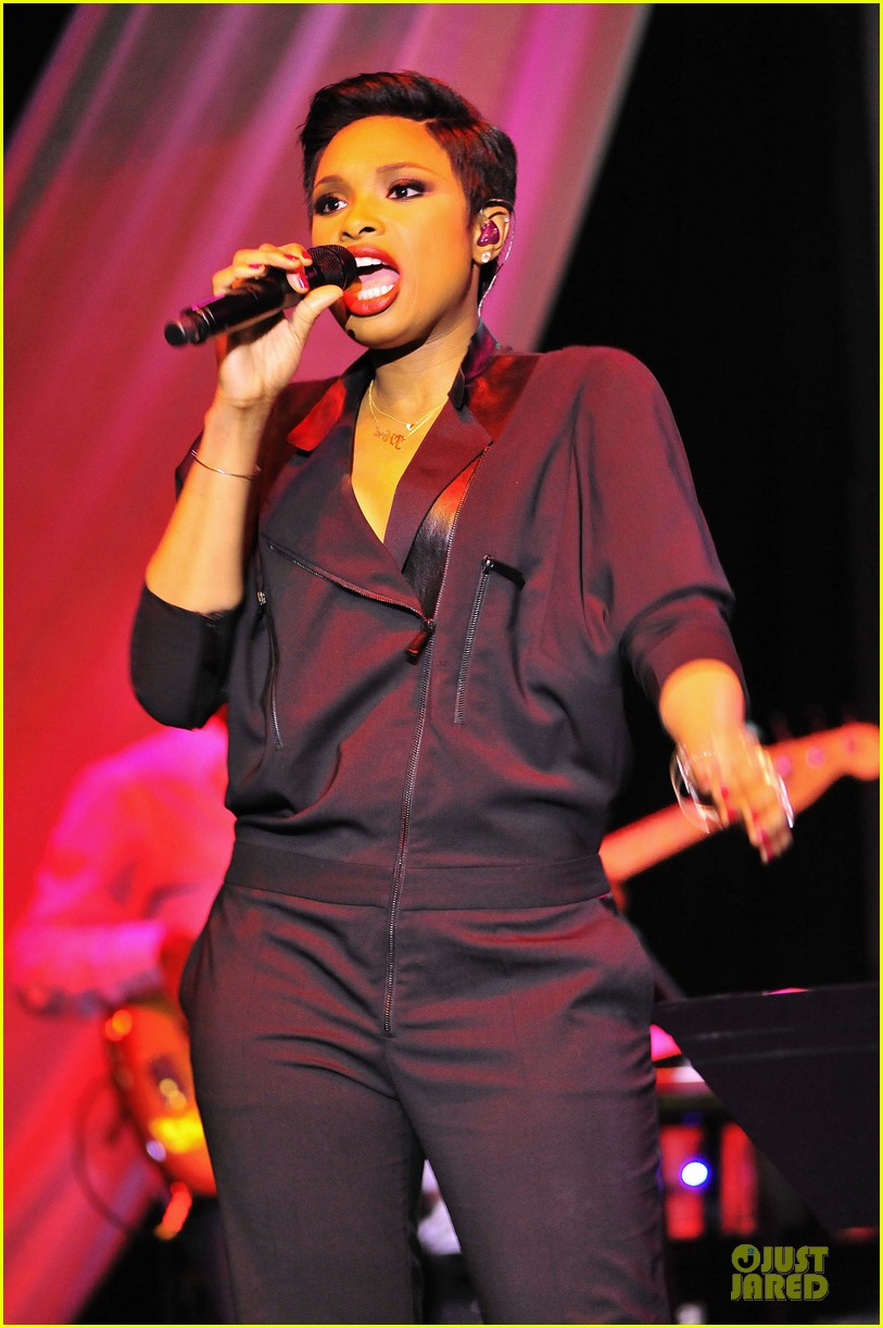 jennifer hudson gives the key for losing weight 073058497