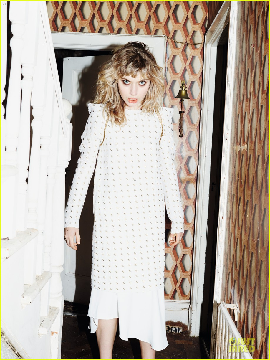 imogen poots muse magazine spring 2014 feature exclusive 043058155