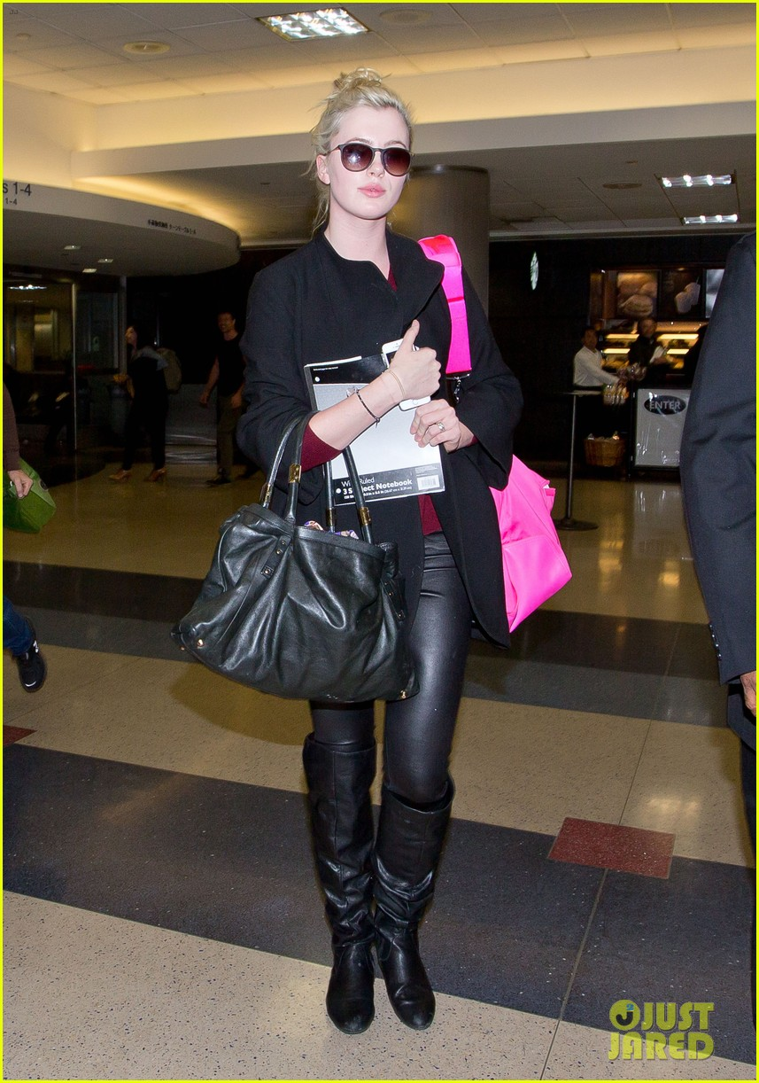 ireland baldwin heads back to los angeles after nyfw 103054413