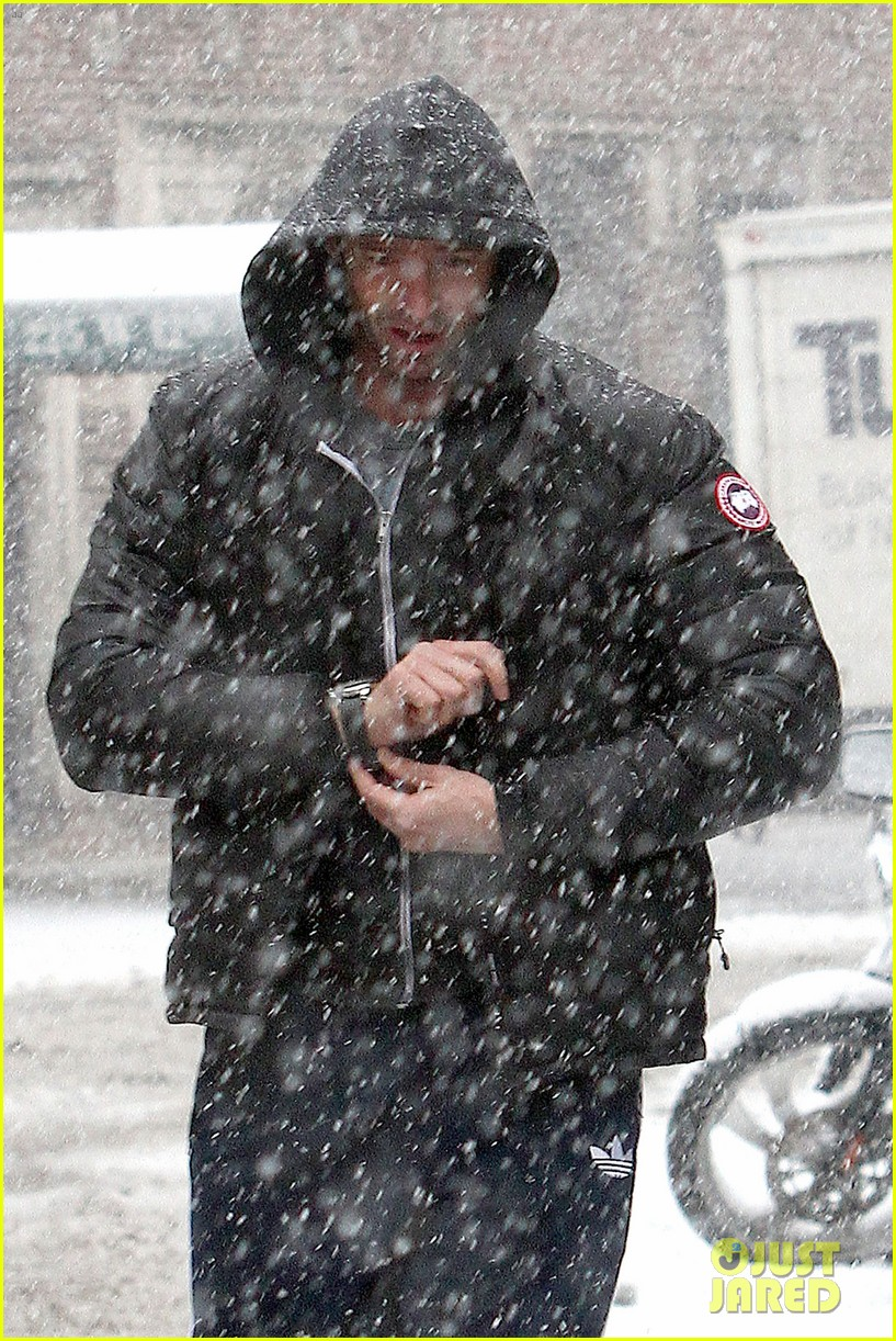 hugh jackman snowy workout after the super bowl 2014 063047340