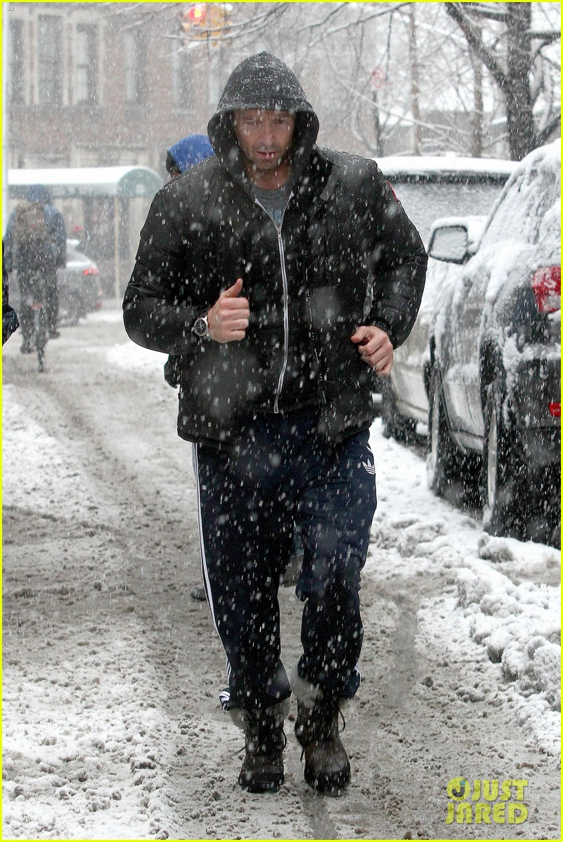 hugh jackman snowy workout after the super bowl 2014 07