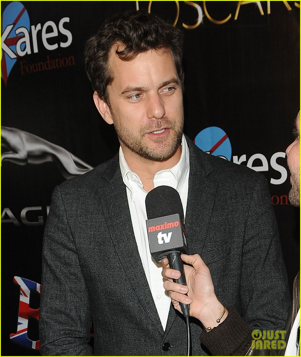 joshua jackson attends the toscars an oscars parody night 053061475