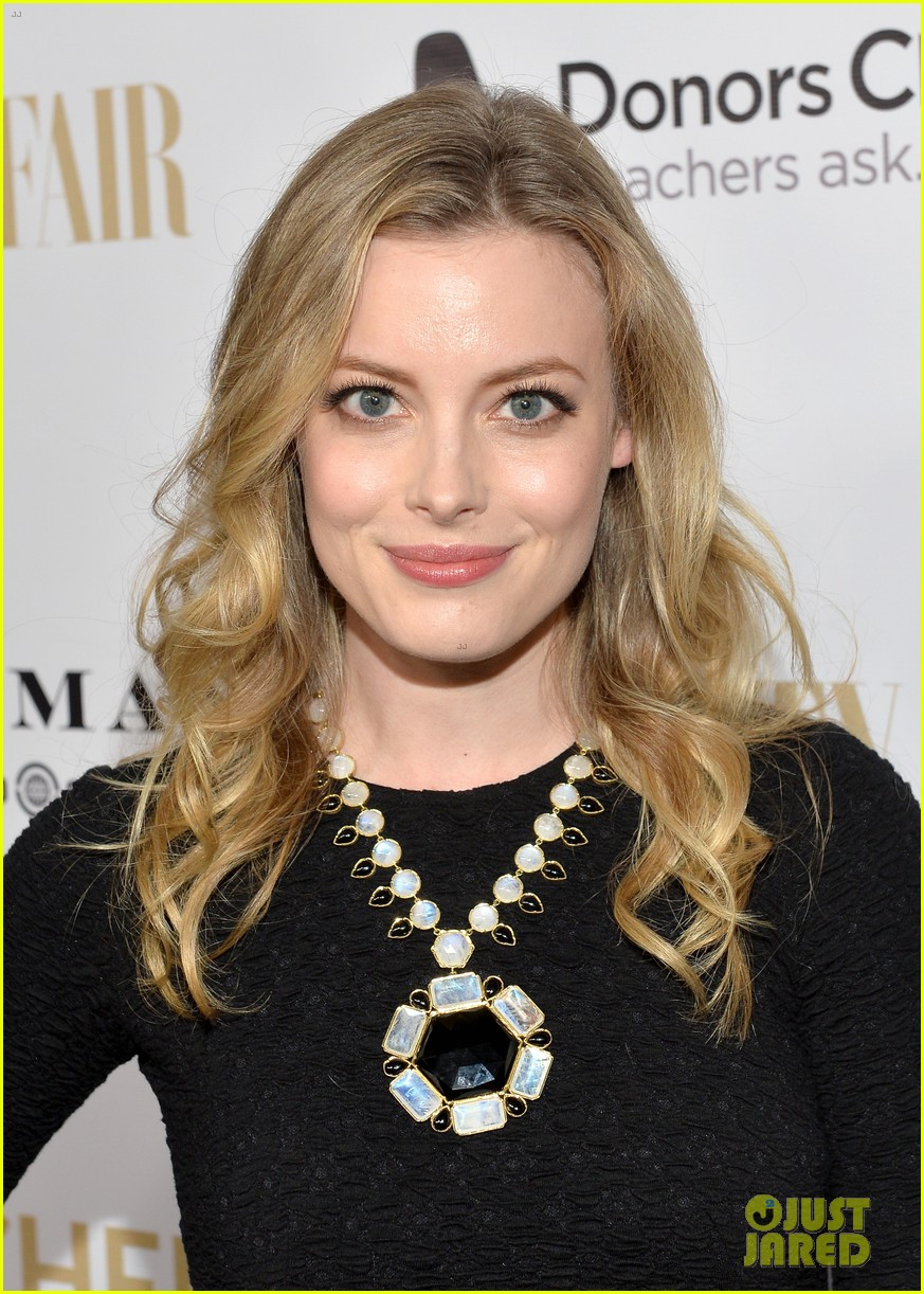 gillian jacobs michaela conlin annie leibovitz book launch 083061431