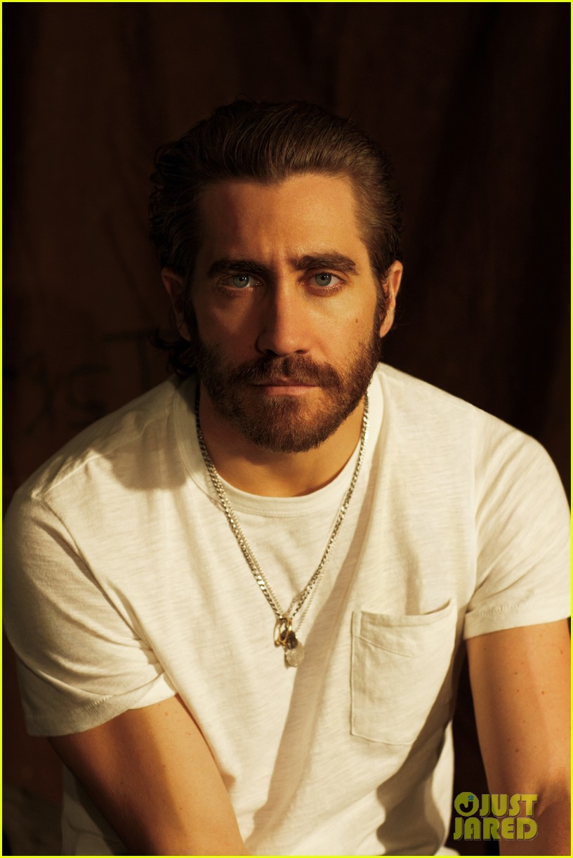 jake gyllenhaal covers man of the world 01.3061696