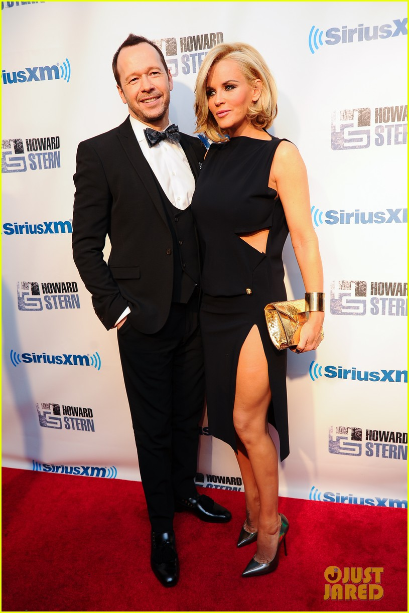 jenny mccarthy donnie wahlberg howard stern birthday bash couple 033045533