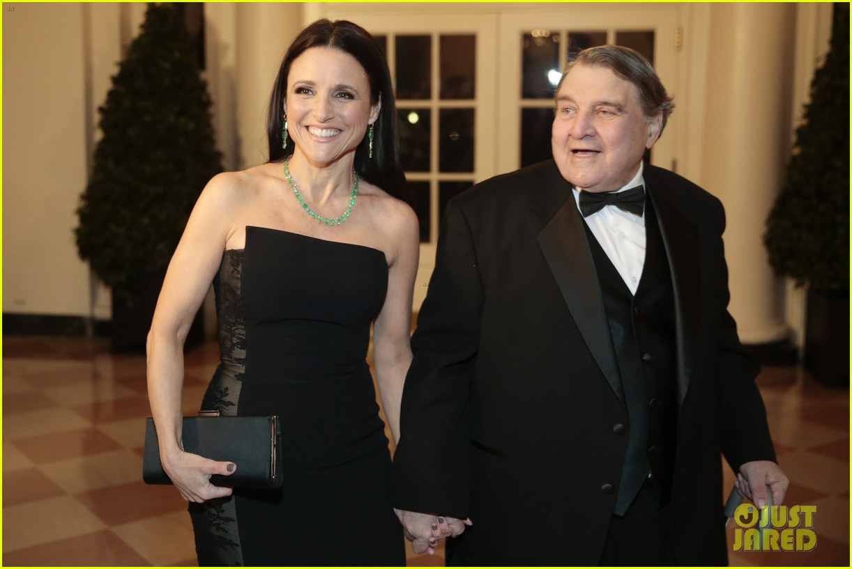 veeps julia louis dreyfus meets the real vp at state dinner 113051825