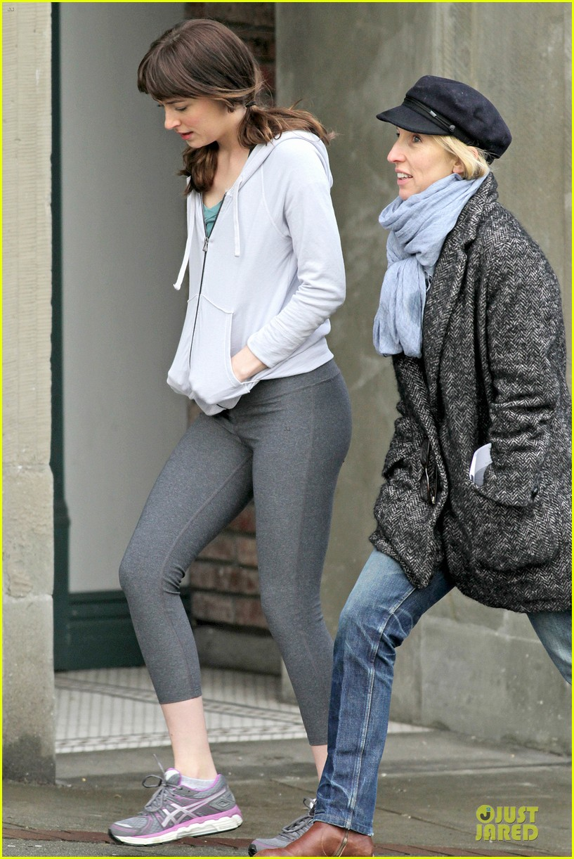 dakota johnson runs for fifty shades in pigtails 243053511