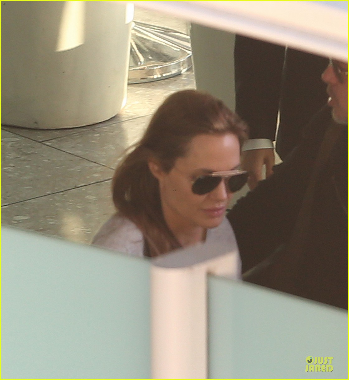 angelina jolie brad pitt post valentines day reunion in london 023053922