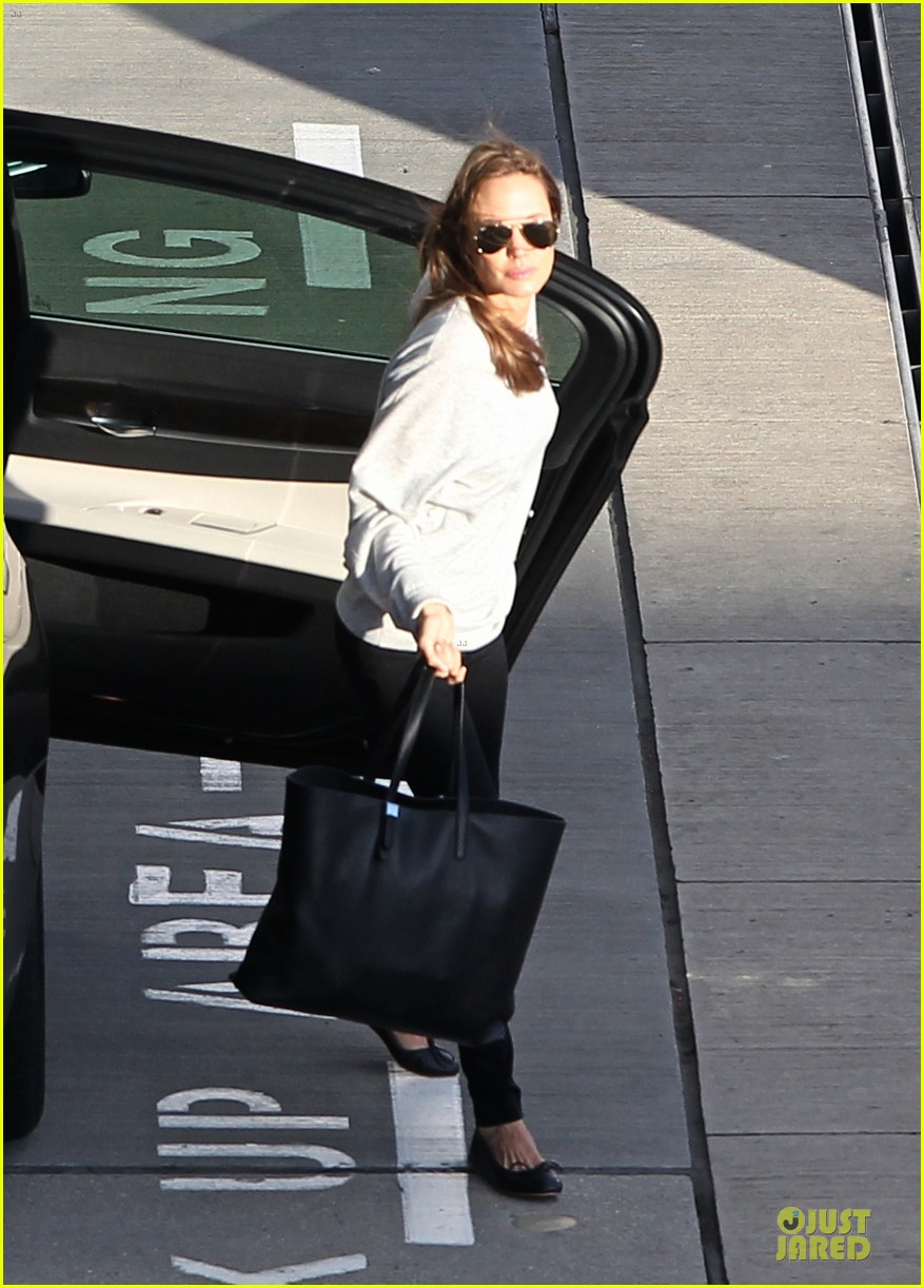 angelina jolie brad pitt post valentines day reunion in london 103053930