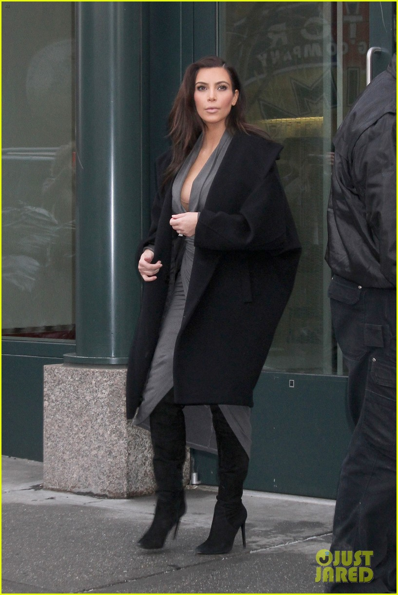 kim kardashian i do not have butt implants or injections 013056472