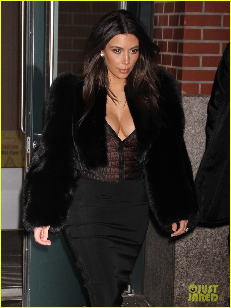 kim kardashian wears low cut top after proposal airs on tv 023054827