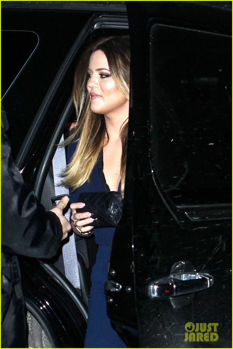 kim kardashian wears low cut top after proposal airs on tv 123054837