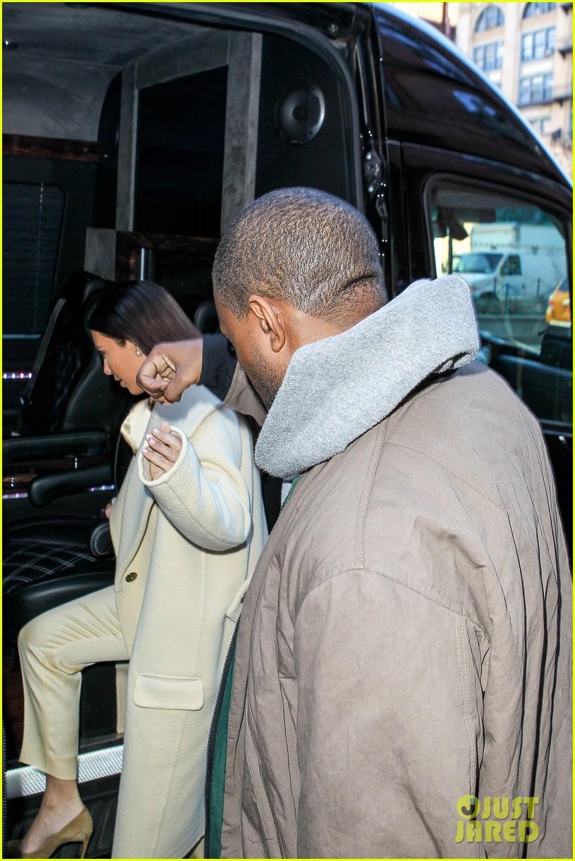 kim kardashian kanye west go shopping together in soho 023059761