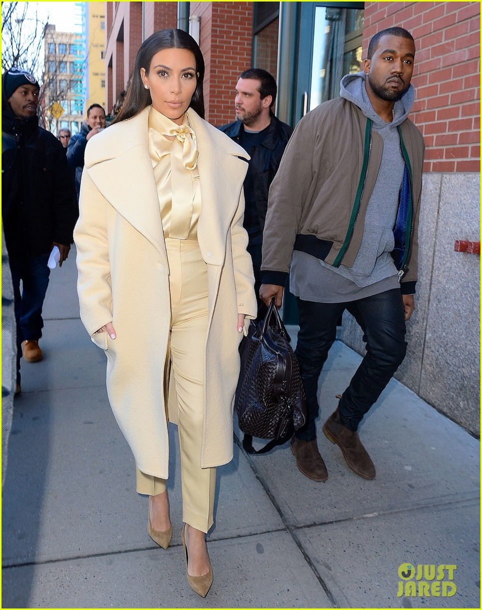 kim kardashian kanye west go shopping together in soho 043059763