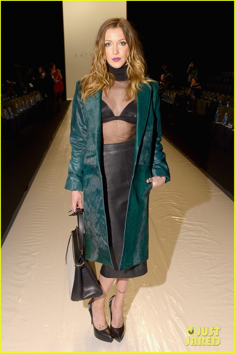 katie cassidy front row katya zol lela rose fashion shows 013050303