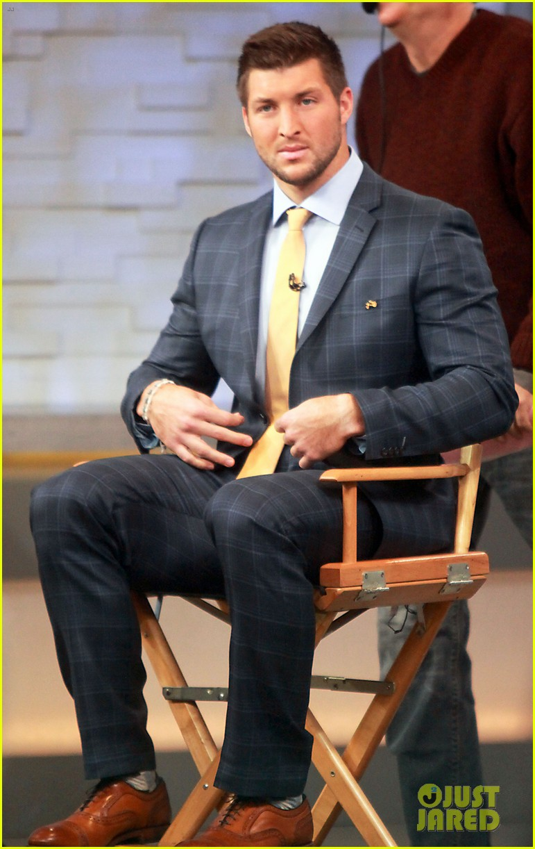 kellan lutz robin thicke espn super bowl party 2014 123045500