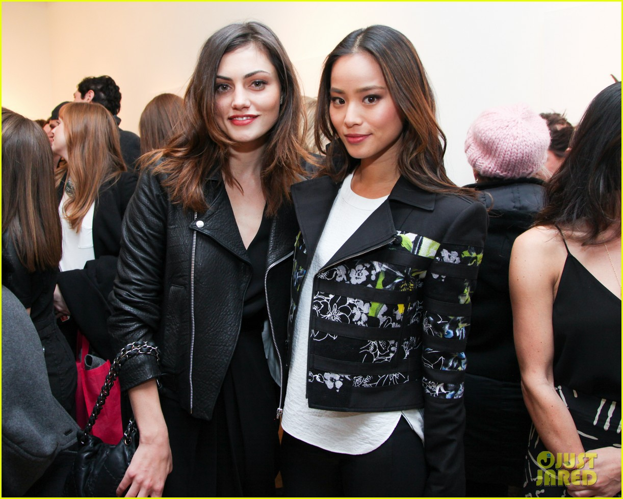 anna kendrick jamie chung marc jacobs pop up party 043049118