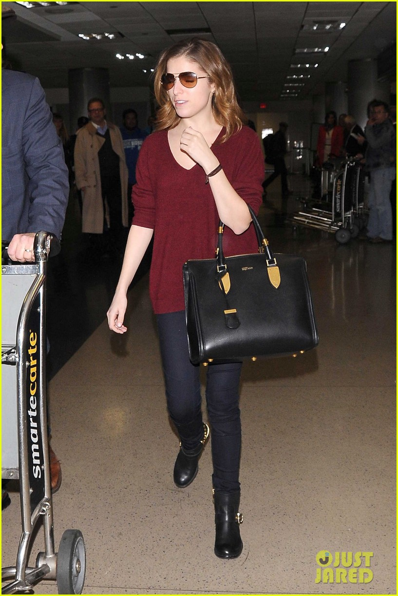 anna kendrick on jeremy jordan hes a sweet boy with a wicked humor 053060962