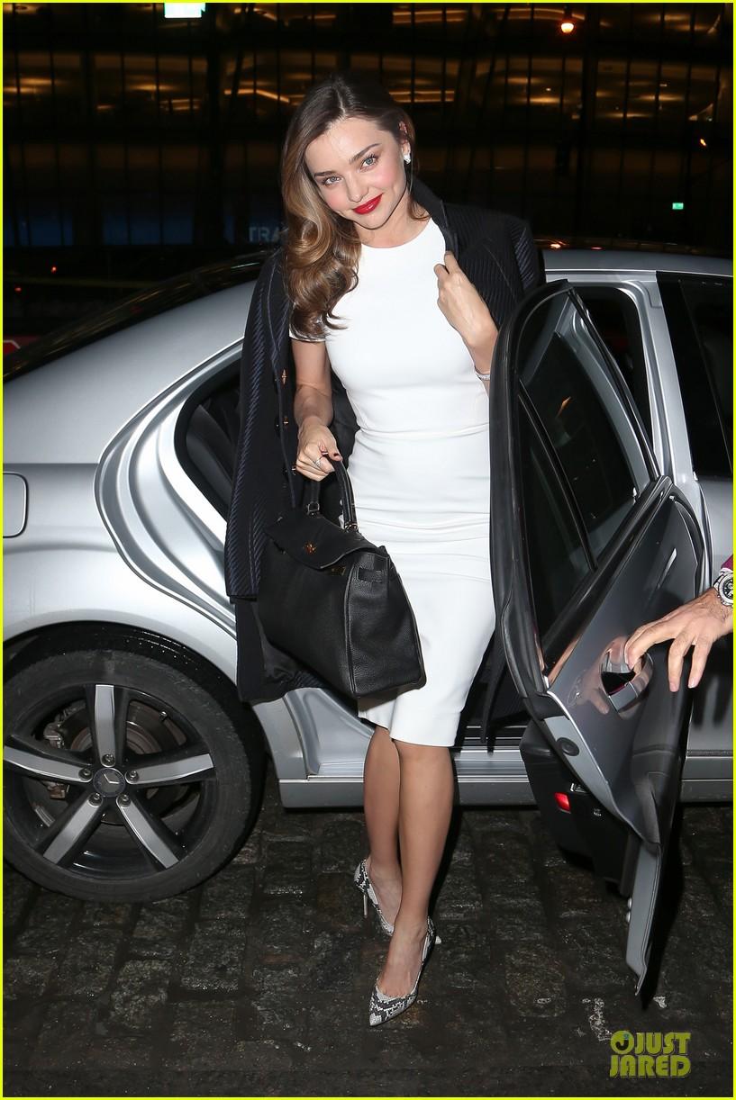 miranda kerr illuminates new york city with her beauty 033047813