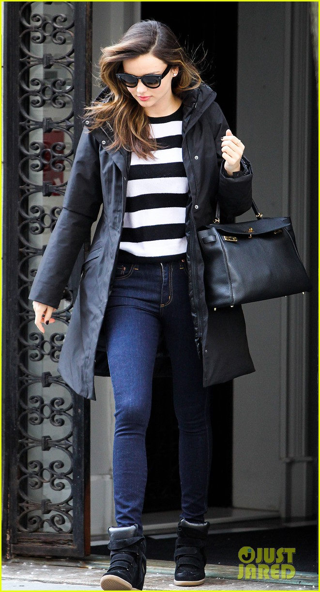 miranda kerr steps out after hm news 033047406