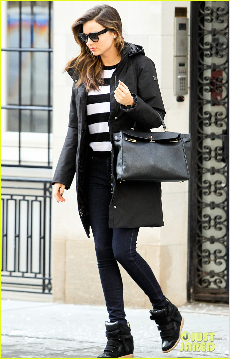 miranda kerr steps out after hm news 063047409