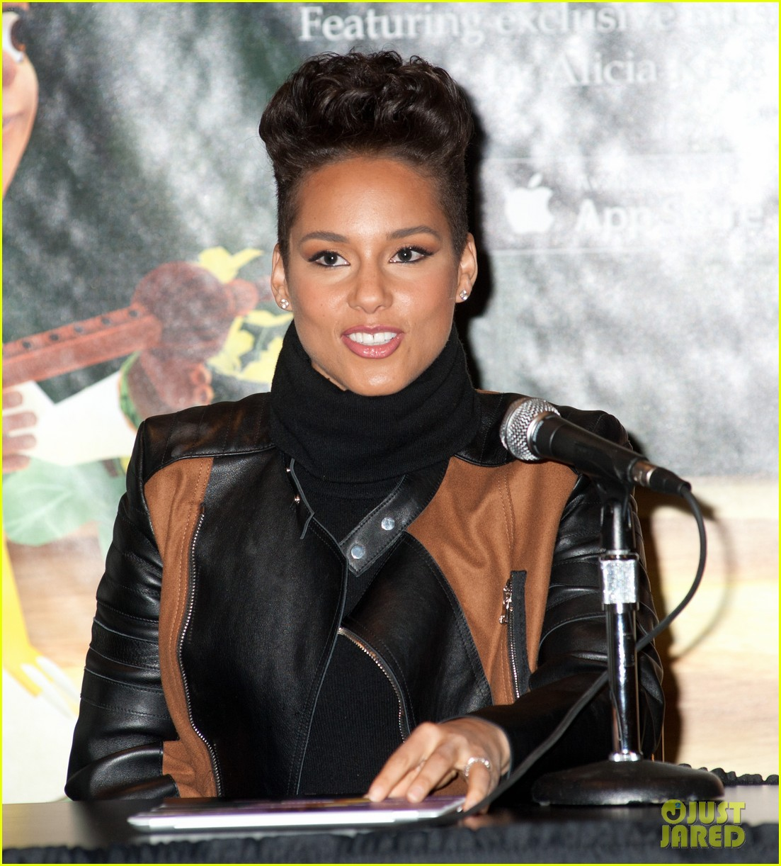 alicia keys debuts unreleased song for valentines day 083054757