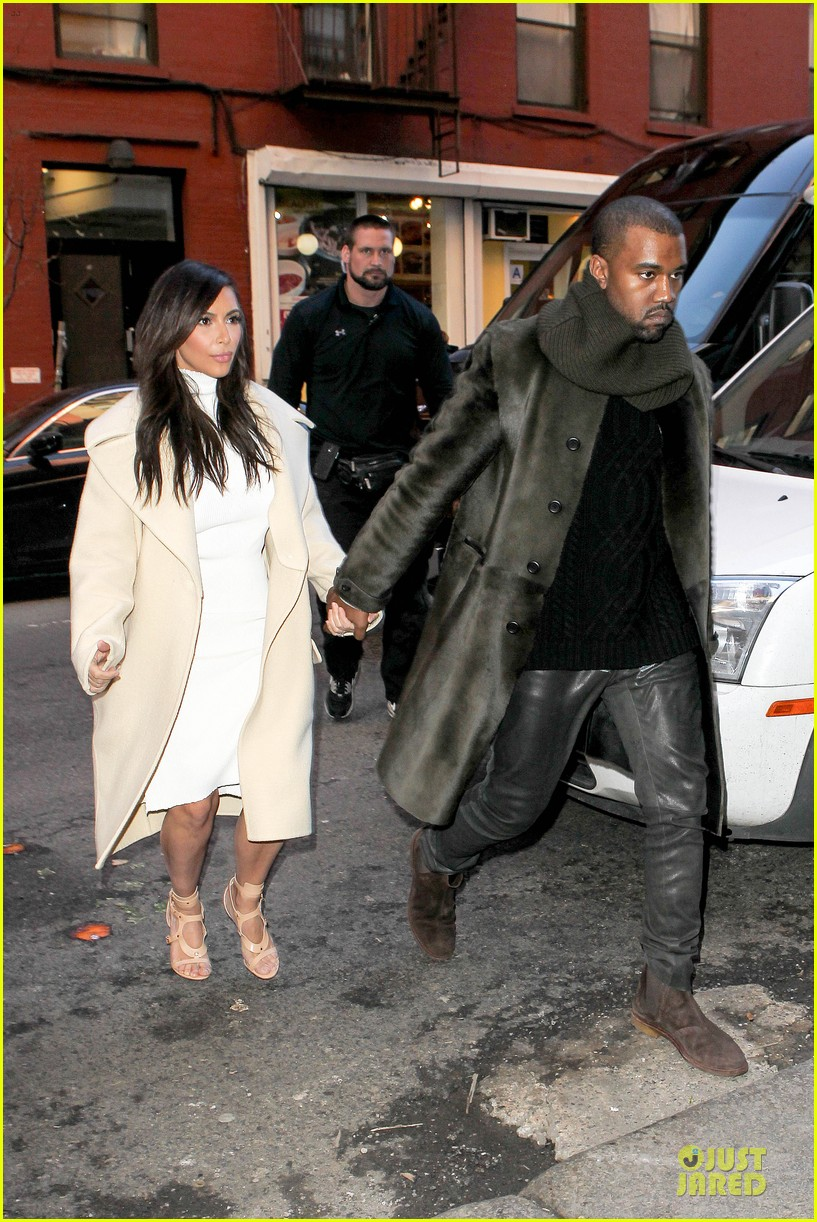 kim kardashian kanye west hold hands at abc kitchen 013058539